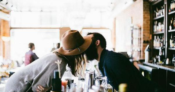 foodora-happn-first-date-rendez-vous-amoureux