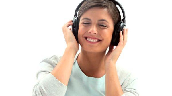 listening-joyeux